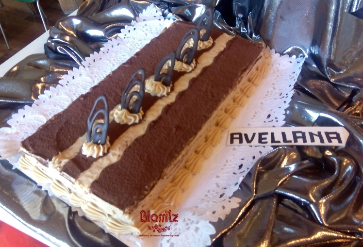 Tarta de avellana Confitería Biarritz, mejores tartas de Gijón. Mejor calidad, excelente precio.
