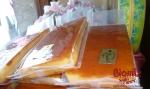 TURRÓN DE YEMA TOSTADA: es típico catalán y está inspirado en el sabor de la crema catalana.  Su origen nace del aprovechamiento de las yemas de los huevos cuya clara se utiliza en la elaboración de los turrones duro y blando.